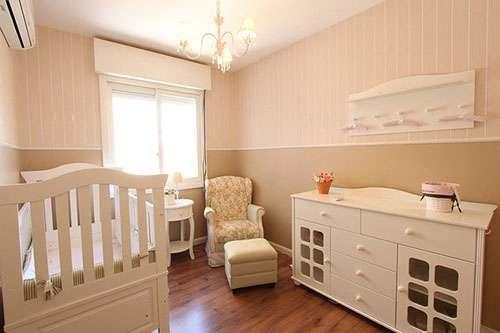 baby room humidity